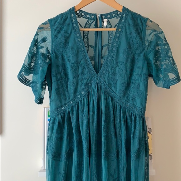 68bbcb9ef2ccb Teal Lace Mesh Overlay Maternity Maxi Dress. M_5ca4f8c69d3b784649bdd164
